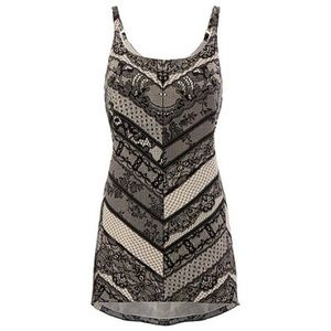 CAbi Tops - Cabi Monaco Chevron Lace Print Camisole